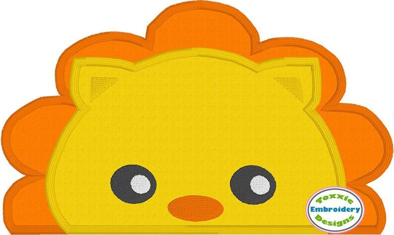 Lion Peeker Applique image 0