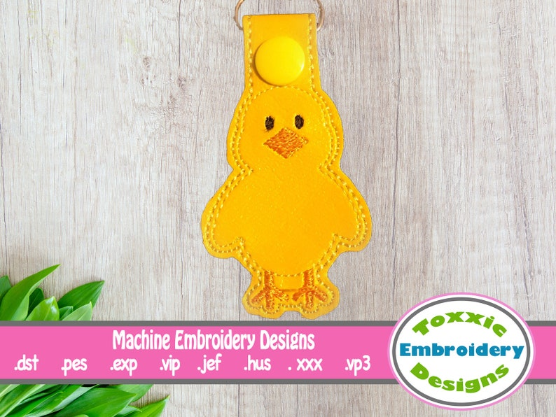 Easter Chick Snap Tab Keychain image 0
