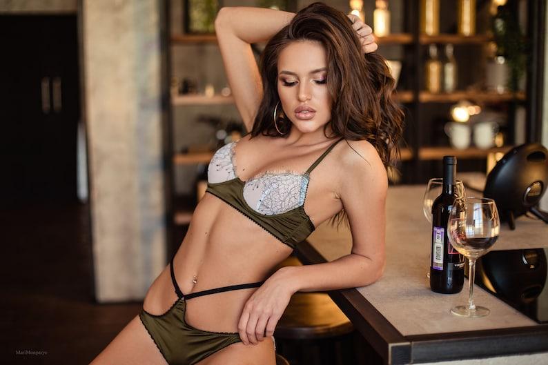 Women Lingerie Dark Green Lingerie Lace Lingerie Set Silk  56bee696e