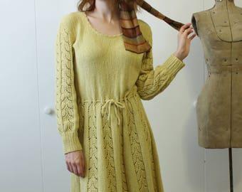1970s Dress / Crochet Knit Dress / Yellow Fall & Winter Dress / 1930s Inspired / Vintage 70s