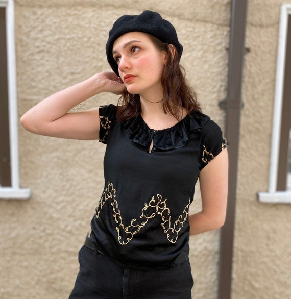 Early 1930s Top / Embroidered Silk Blouse / Ruffle