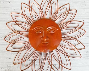 Large Metal Sun Wall Art / Garden Decor/ Metal Sun Face Decor/ Metal Garden Wall  Hanging/ Sun Face Wall Art Wall Decor/ Fence Decor