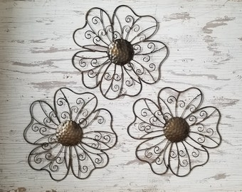 3 Metal wall Flower Wall Art Fence Flowers Wire Flower wall decor Metal Garden Decor Metal Headboard Nursery Bedroon Wall Hanging  sc 1 st  Etsy & Metal wall Flower Wall Art Fence Flowers Wire Flower wall
