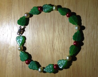 Czech leaf and Pearl Braclet