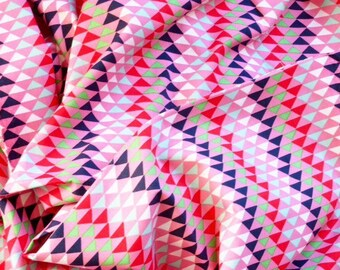 Red Black White on Pink Triangles runners