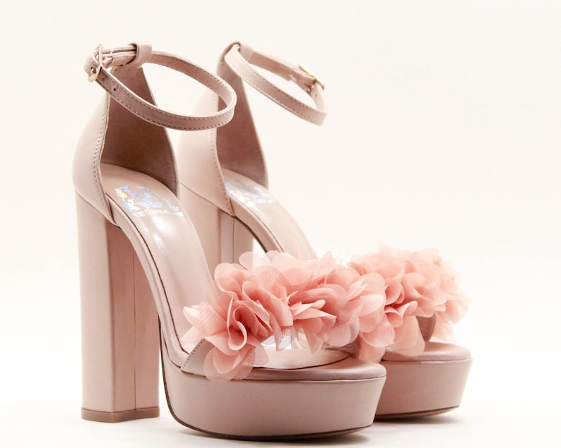 a8f3d362542ab1 Nude wedding shoes Nude bridal shoes Heels Floral heeled