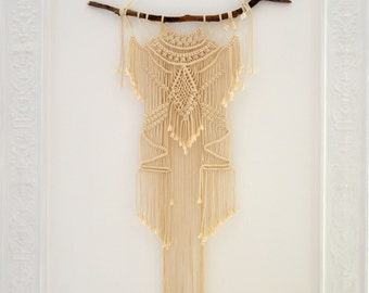 Great chic bohemian wall weaving on command