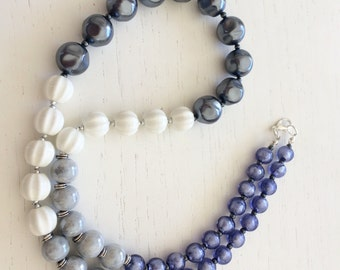 Ceramic and glass Pearl Necklace nuance