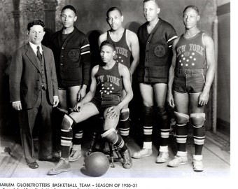 HARLEM GLOBETROTTERS Season 1930-31 Basketball Team Press Photo