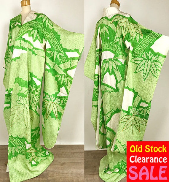 K110303 Elegant Kimono Japanese Vintage Green Light Soshibori Furisode pwzwdFq