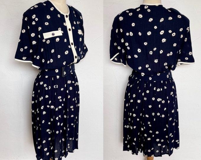 1970s Vibrant Cotton Button REDUCED Vintage 1960s up dress