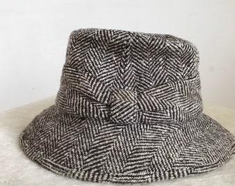 53c0b8eb2a8 Vintage 1950s Ladys Trilby Hat 50s Tweed Country Lady Rare Unworn Herbert  Johnson of London.
