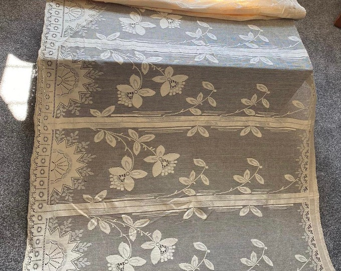 Vintage 1920s French Cafe Window Curtain Blind Net Pristine