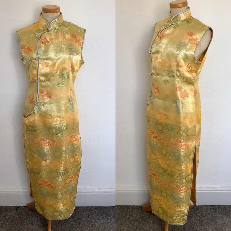 Vintage 1950s Wiggle Dress Cheongsam Black Embroidered Satin Deliciously Fitted 50s Bombshell