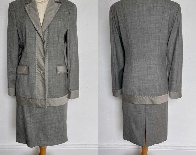 Vintage Moschino Grey Virgin Wool Suit Silk Trim Stunning Classic Italian Unworn