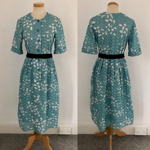 Vintage 1950s Tea Dress Hand Made Batik Print Broi