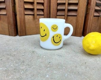 Milk Glass Glasbake Smiley Mug Yellow Smiley Collectible Coffee Cup Retro 60's Highley Collectible Jeannette Glass Co. Drinkware