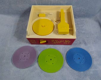 Vintage 1971 Fisher Price Music Box  Record Player Toddler Pretend Play Toy 3 Records DJ Gift Durable Music