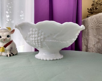 Milk Glass L E Smith Footed Bowl Embossed Grape And Leaf Pattern Footed Crimped Edge Centerpiece Fruit Bowl Cottage Chic Elegant Decor