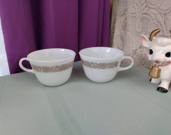 Pyrex Woodland Brown D Handle Mugs Milk Glass Coffee Cups Brown Floral Pattern Set Of 2 Corning Retro Kitchen Affordable Gift For Him