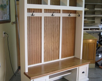 Entryway Furniture, Mudroom Cabinets, Hall Tree With Bench, Coat U0026 Hat Rack.
