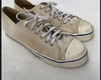 20be3cdc53c RARE VTG 60s Early 70s K Mart Low Top Canvas Basketball Shoes M 9 USA Made  White 1960s 1970s Sneakers Vintage Rubber Soles
