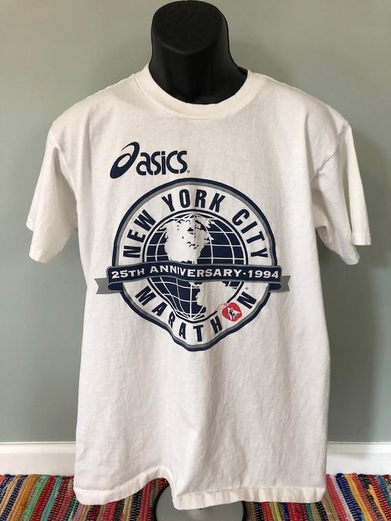 Size L Vintage 90s New York City tshirt