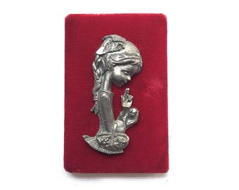 Vintage   Velvet   Pewter   Wall Plaque   Girl with Flowers