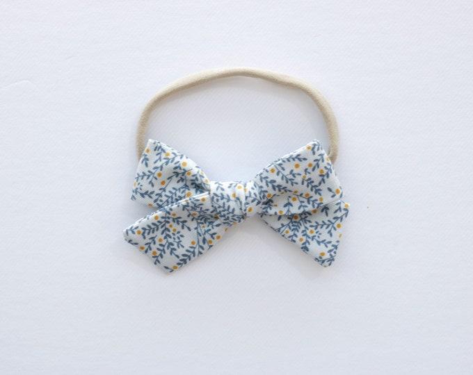 Dusty blue floral hair bow // vintage hair bows // vintage style bows // floral hair bows // school bows // summer bows // boho chic bows