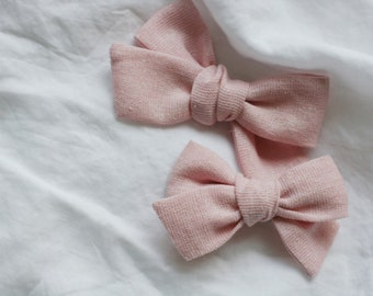 Dandelion>> pink linen bow // linen with shimmer // unicorn hair bow // linen bows // romantic hair bows // valentine's day bow
