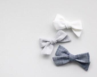 Dandelion>> MINI size // polka dot hair bow // monochrome hair bow // fabric bow // modern hair bow // simple hair bow // newborn headbands