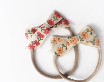 Dandelion>> hand-tied Japanese vintage bow with delicate embroidered flowers | embroidered bows | vintage bows | nylon headbands