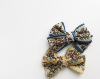 Dandelion>> Flower embroidery vintage style hair bow // Made in Japan // vintage style hair bow // flower embroidery // baby headbands