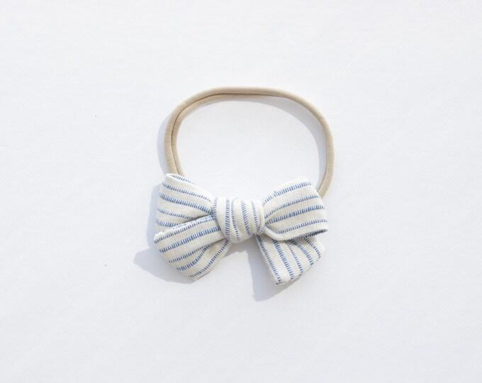 Dandelion>> LIGHT BLUE STRIPES // striped hair bows // summer hair bows //  school girl bows // hand tied hair bows