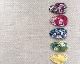 Snap Clips>> MINI // Liberty of London // Floral print // mini snap clips // newborn friendly // baby snap clips