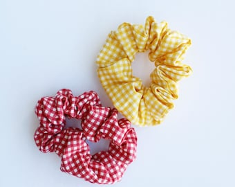 gingham scrunchies / gingham prints / color scrunchies / scrunchies / summer scrunchies / summer bows / cotton scrunchies