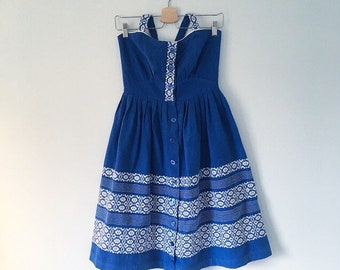 1950s 50s woven embroidered folk dress sea blue and white cotton with full skirt uk 8 to 10
