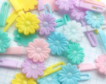 90s pastel daisy hair barrettes/clips | set of 12