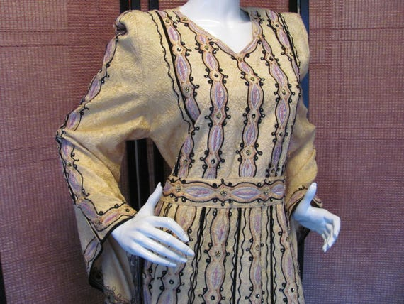 MEDIEVAL RENAISSANCE GOWN, Halloween Maid Marion D