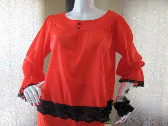 LINGERIE LOUNGE SET, Vintage Red Pajama Set, Retro