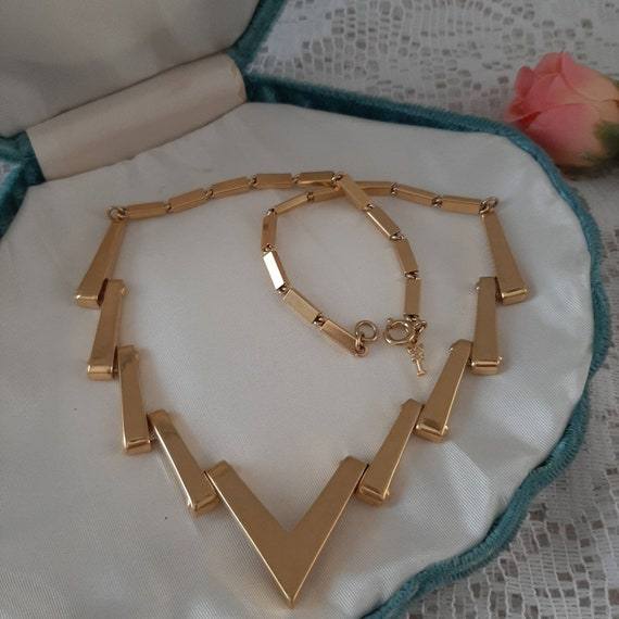 VINTAGE TRIFARI NECKLACE, Vintage lighting Bolt Ch