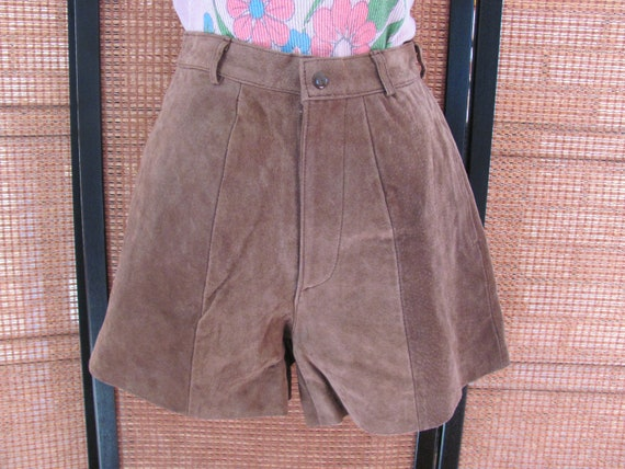 VINTAGE LEATHER SHORTS, High Waste Brown Suede Via