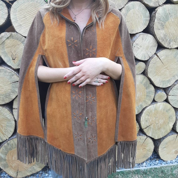 FRINGED LEATHER CAPE, Hippie Cape, 70's Suede Cape