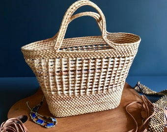 Vintage Boho Coiled Rattan Basket-Style Handbag / Purse / Tote - Large in Size and Well-Woven - Vintage Boho Accessories