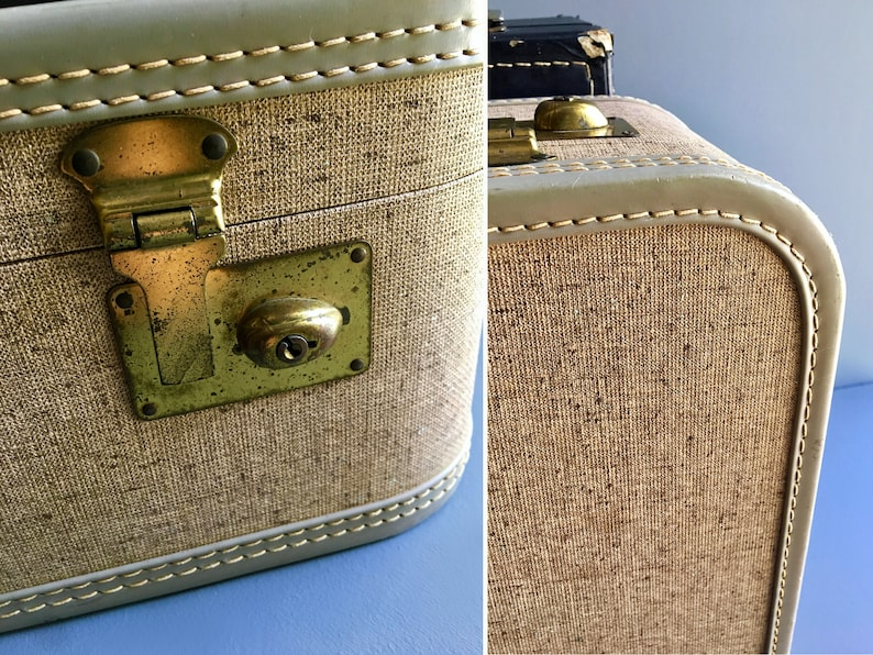 Vintage Mid Century 1950/'s Hard Shell Suitcase  Large Luggage or Display Piece w Subtle Tweed Style Pattern /& Pale Blue Rims
