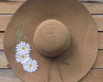 daisy applique sun hat