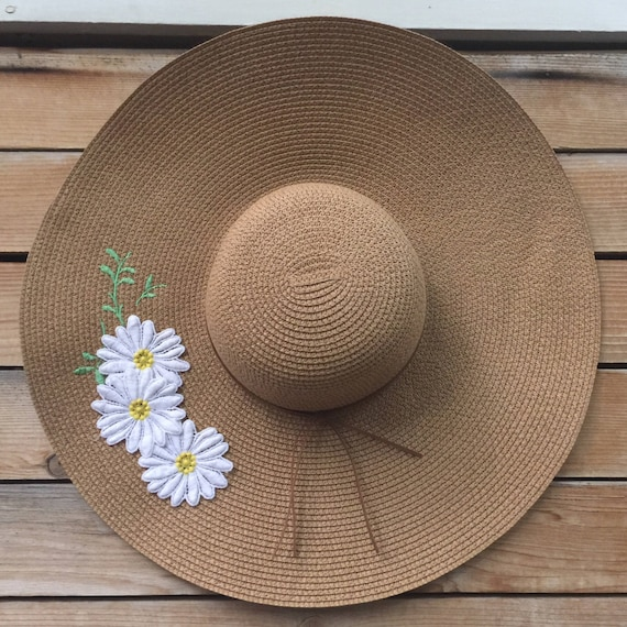 daisy applique sun hat