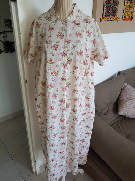 Women's nightgown floral nightgown vintage nightgo