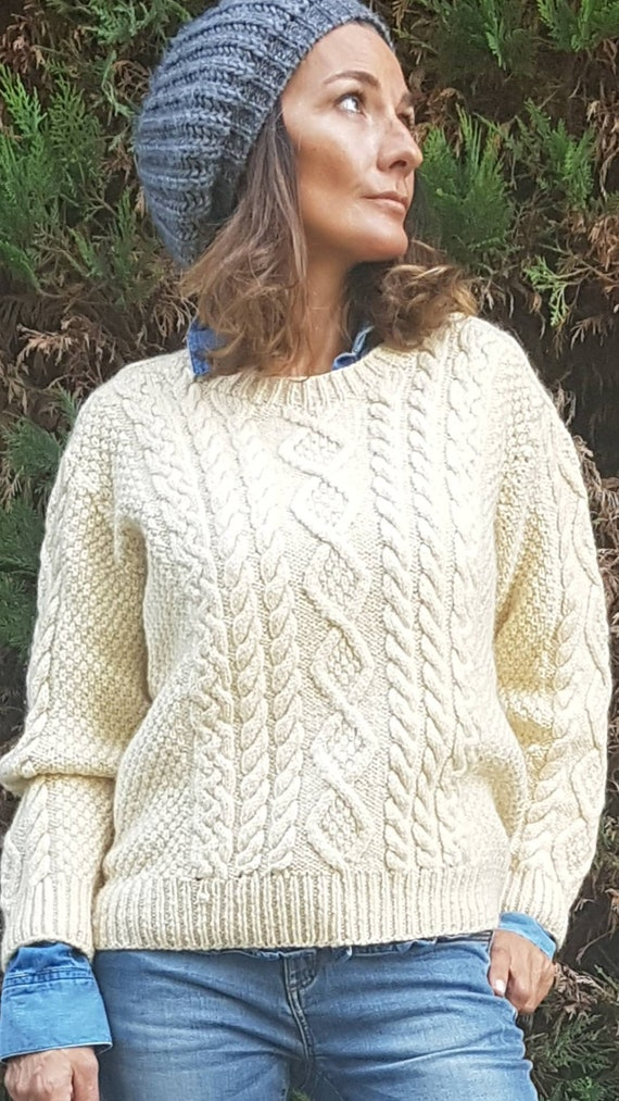 Gorgeous hand-knitted sweater heavy wool incredibl