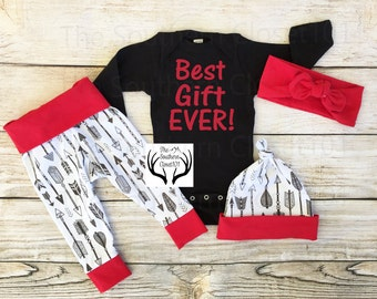 2f5bb699c Baby Christmas Outfit, Unisex ,Best Gift Ever! ,Babies First Christmas  Outfit,Girl Coming home outfit,Boy Coming Home Outfit,Arrow,Red,White